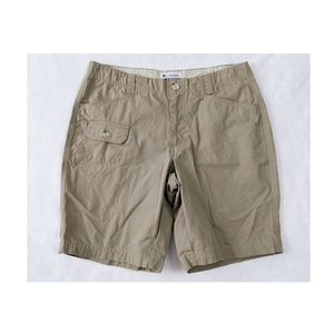 COLUMBIA Olive Walking Hiking Shorts 8